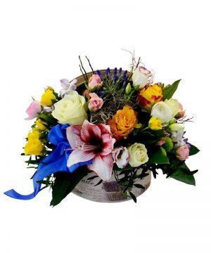 """Aranjament floral """"Contrast Box"""""""