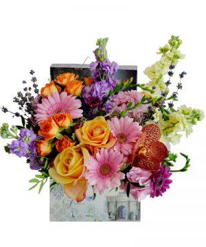"""Aranjament floral """"Matthiola Box"""""""