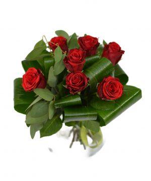 Buchet cu 7 trandafiri roșii