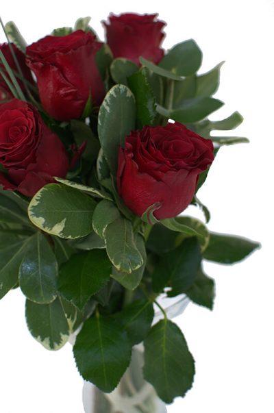 buchet trandafiri rosii livrare sibiu