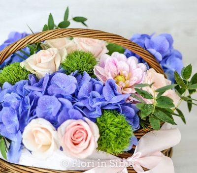 Cos cu flori Albastrul Cerului